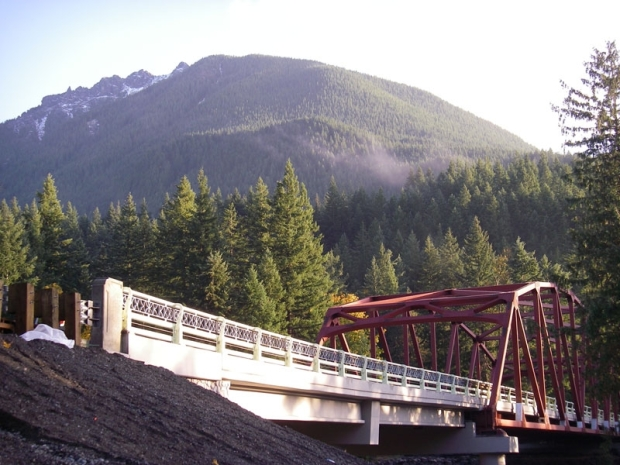 New Mt. Si Bridge