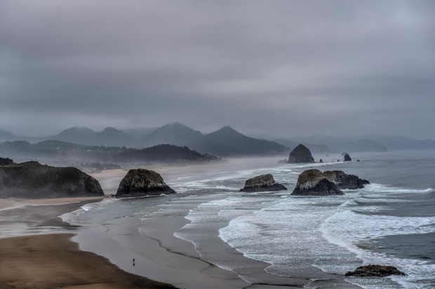 Cannon_Beach_from_Ecola_SP
